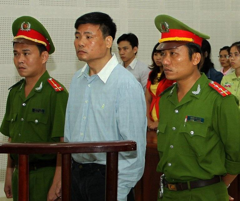 picture source: http://www.rfa.org/english/news/vietnam/truong-duy-nhat-03042014181208.html